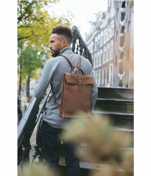 Laauw Laptop schoudertas Nine Streets Laptop Bag 15 Inch cognac
