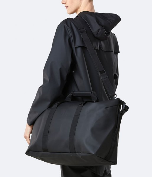 Rains Reistas Weekend Bag black (01)