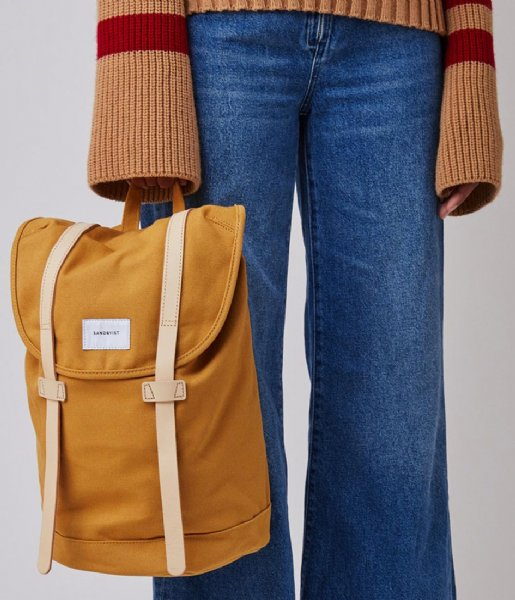Sandqvist Laptop rugzak Stig 15 Inch honey yellow with natural leather (1358)